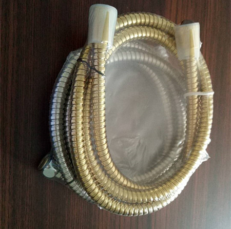 卫浴软管热收缩包装